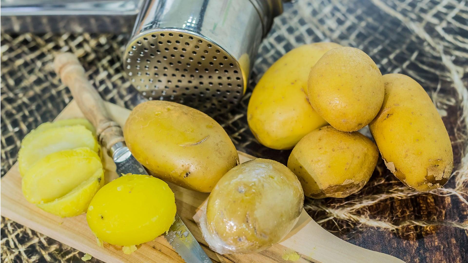 Foto Come Cuocere le Patate nel Microonde - in 4 Minuti
