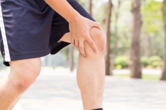 Il ginocchio del corridore: perché mi fa male?