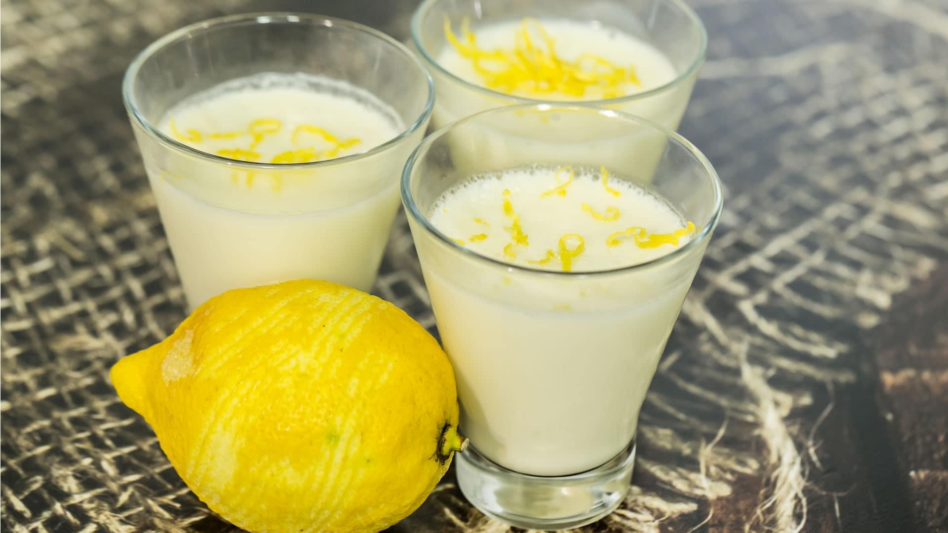 Foto Cremoso al Limone - Dolce Veloce con 3 Ingredienti