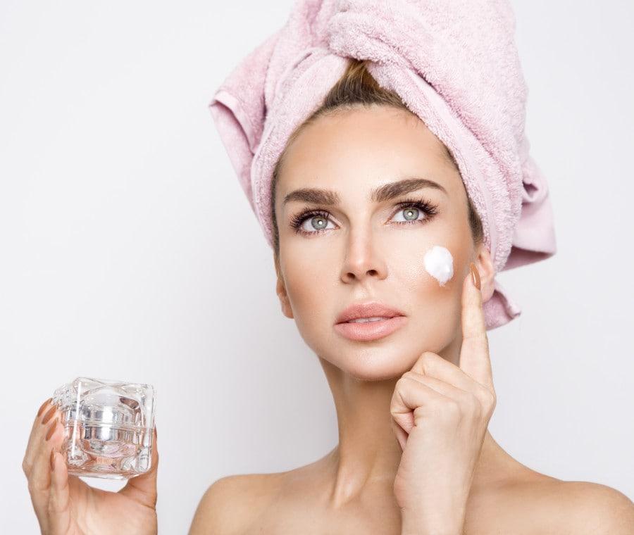 Crema antirughe: come scegliere la migliore