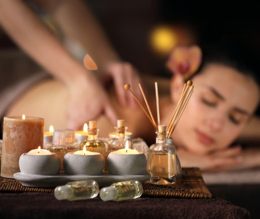 Massaggi Orientali: Tipi e Benefici