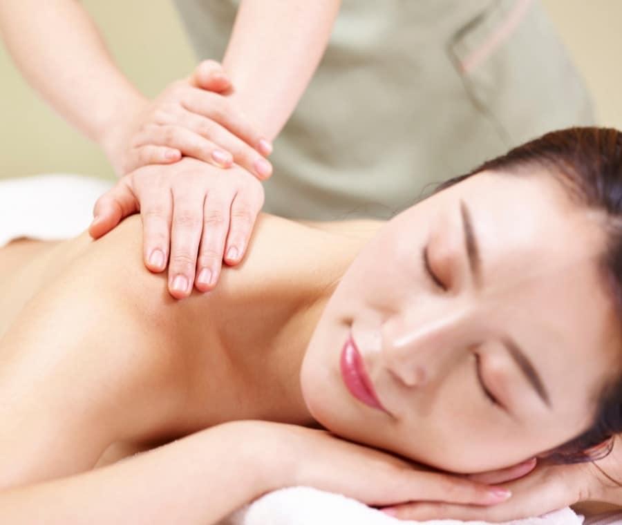 Massaggio Shiatsu: Cos'è e Benefici