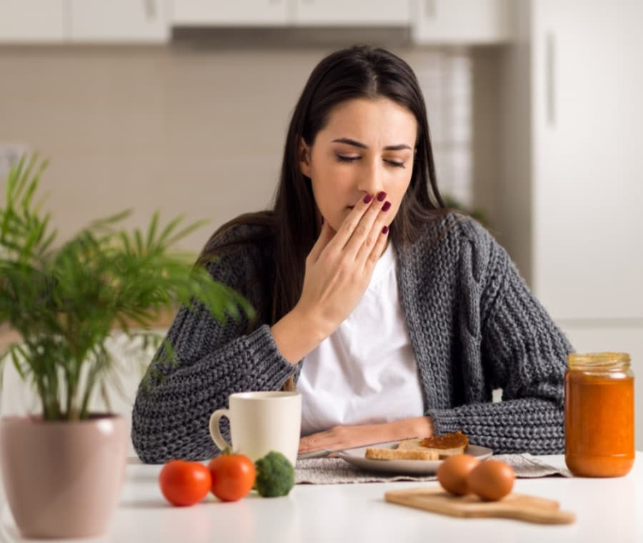 Nausea dopo Mangiato: Cause e Rimedi