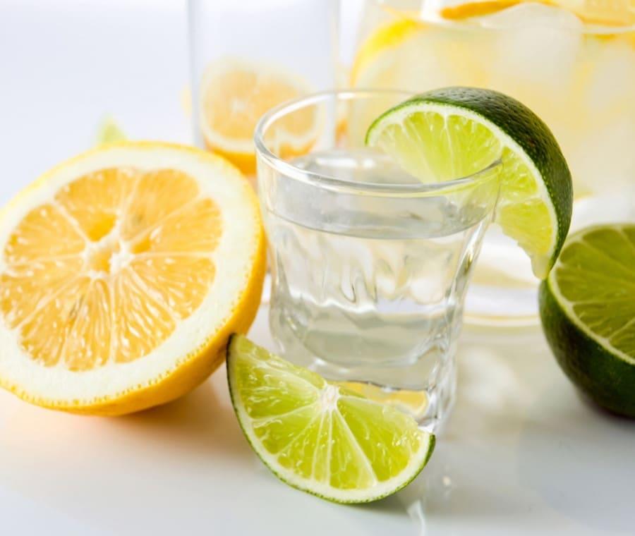 Acqua e Limone: A Cosa Serve?