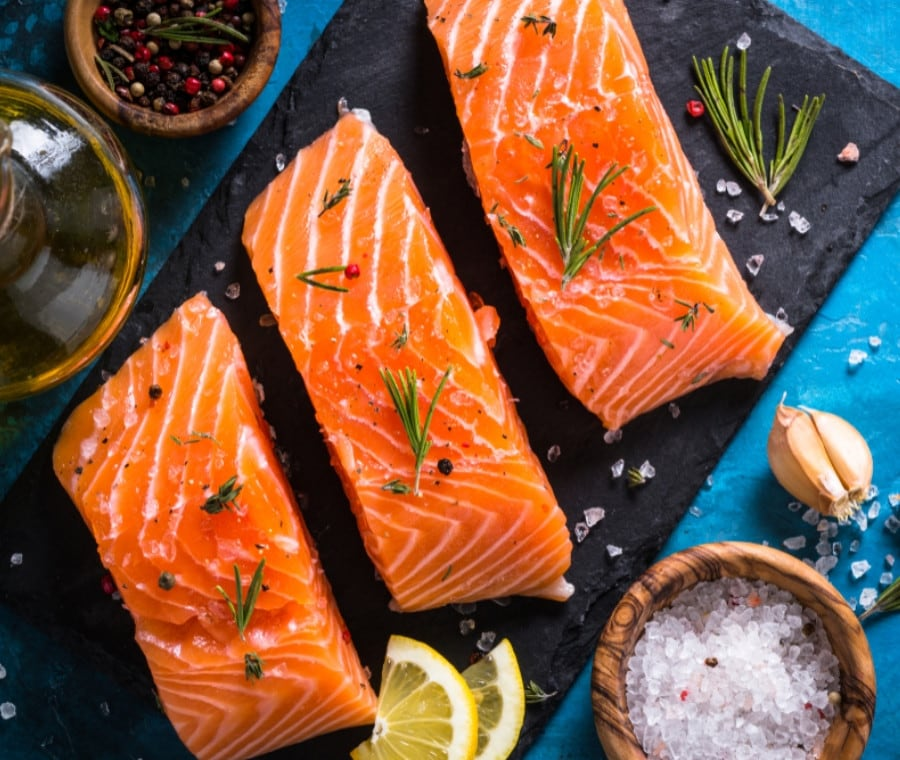 Salmone:  Proprietà Nutrizionali e Dieta