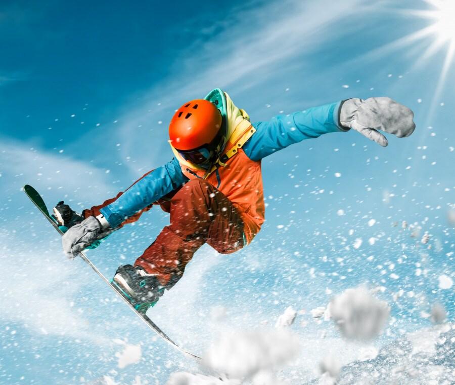 Snowboard: accessori e abbigliamento, novità e tendenze per il 2020