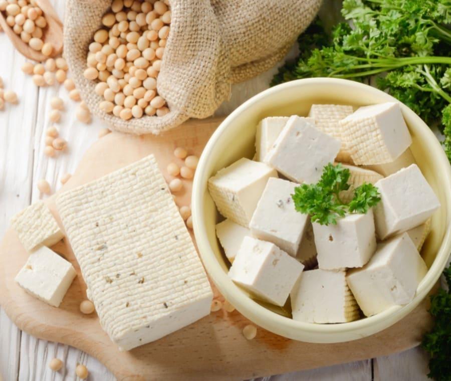 Tofu: Cos'è? Proprietà e Dieta