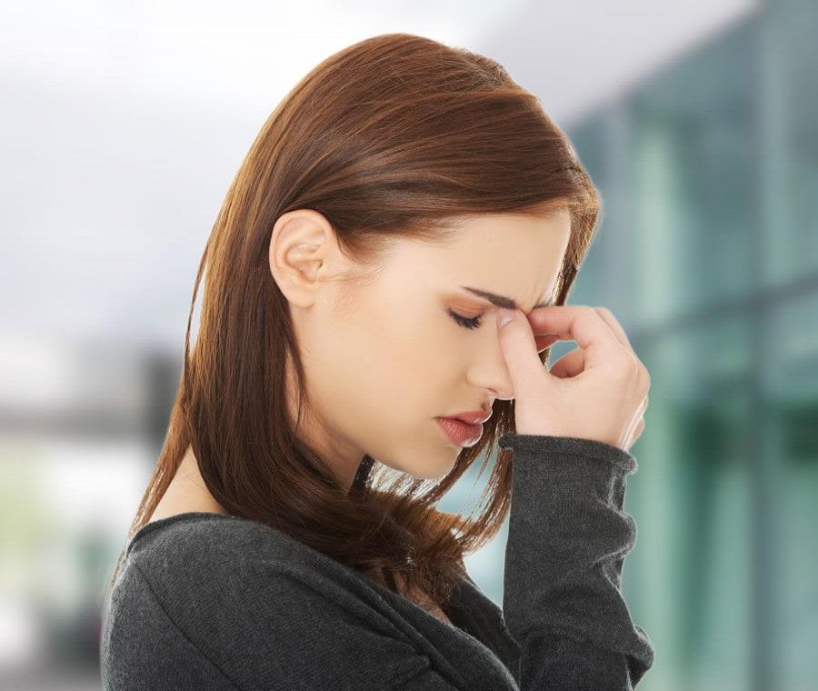 Sinusite Frontale: Cos'è? Cause, Sintomi e Cura