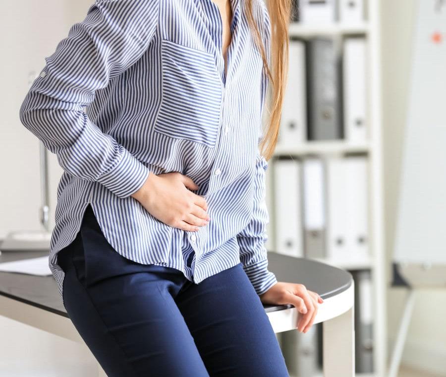 Endometriosi Intestinale: Cos'è? Cause, Sintomi e Cura