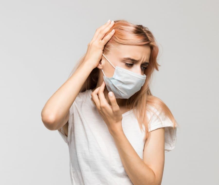 Maskne o Acne da Mascherina: Cos'è? Perché si Manifesta?