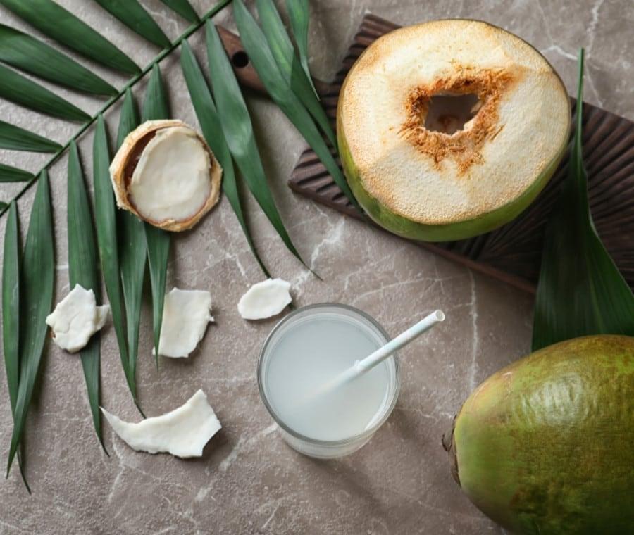 Acqua di Cocco: Benefici per la Salute