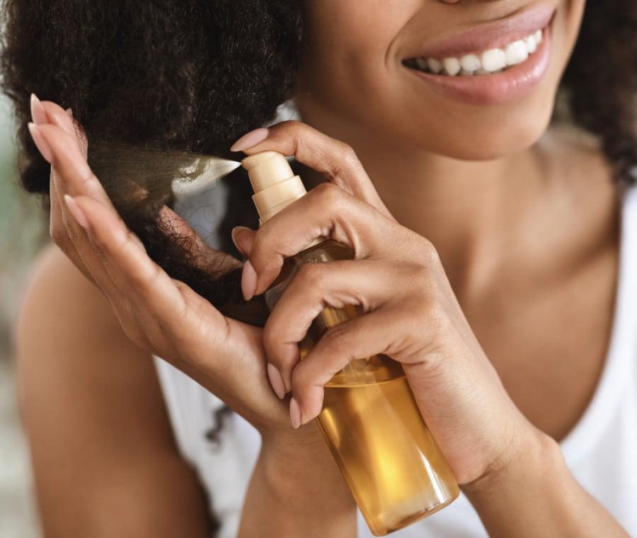Olio per Capelli - A Cosa Serve? Quando e Come Usarlo?