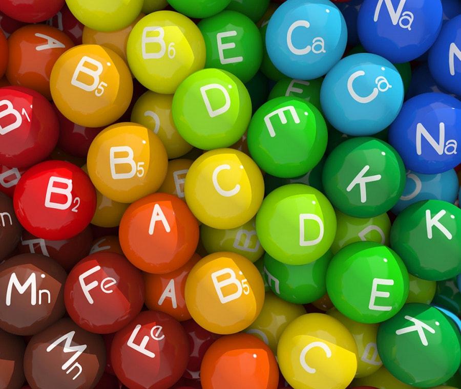 I principi attivi che fanno bene al corpo: vitamina C e D, zinco, selenio, ferro