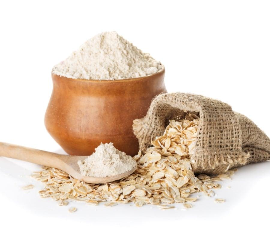 Farina di Avena: Proprietà Nutrizionali e Cucina