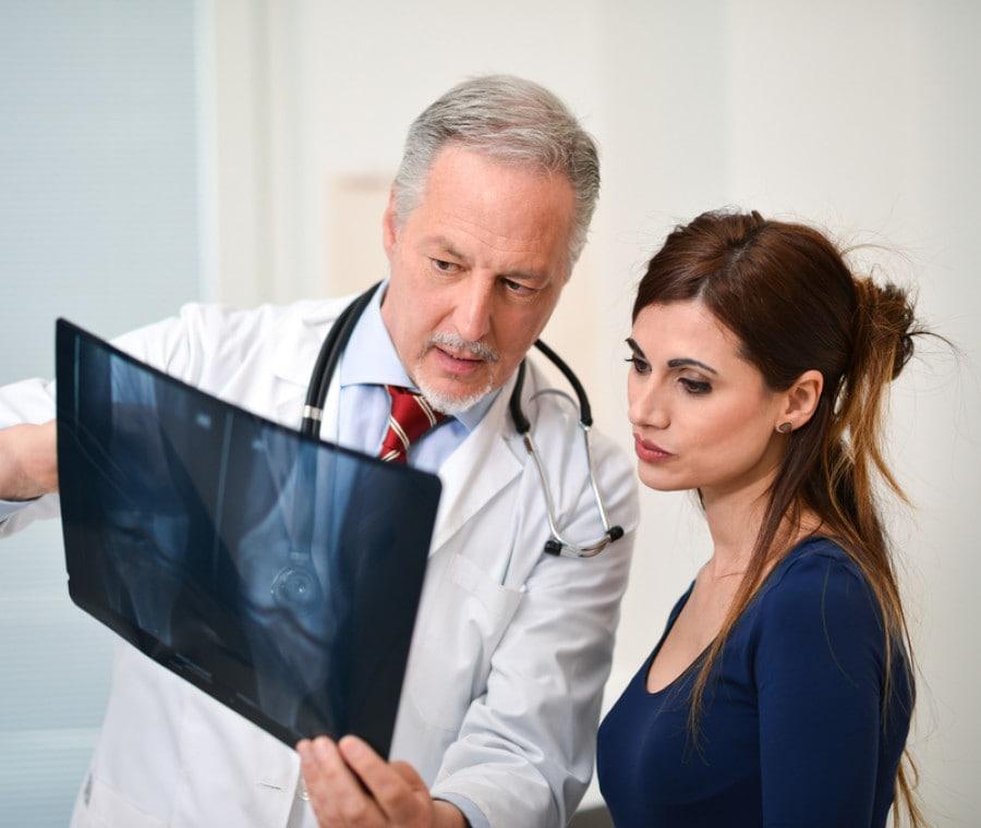 Osteoporosi: individuato il meccanismo cellulare possibile responsabile dell'indebolimento osseo