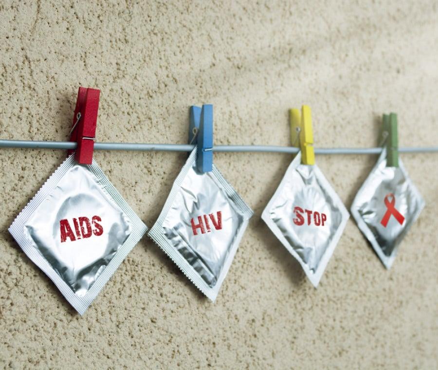 World Aids Day: #BastaTantoCosì per proteggersi