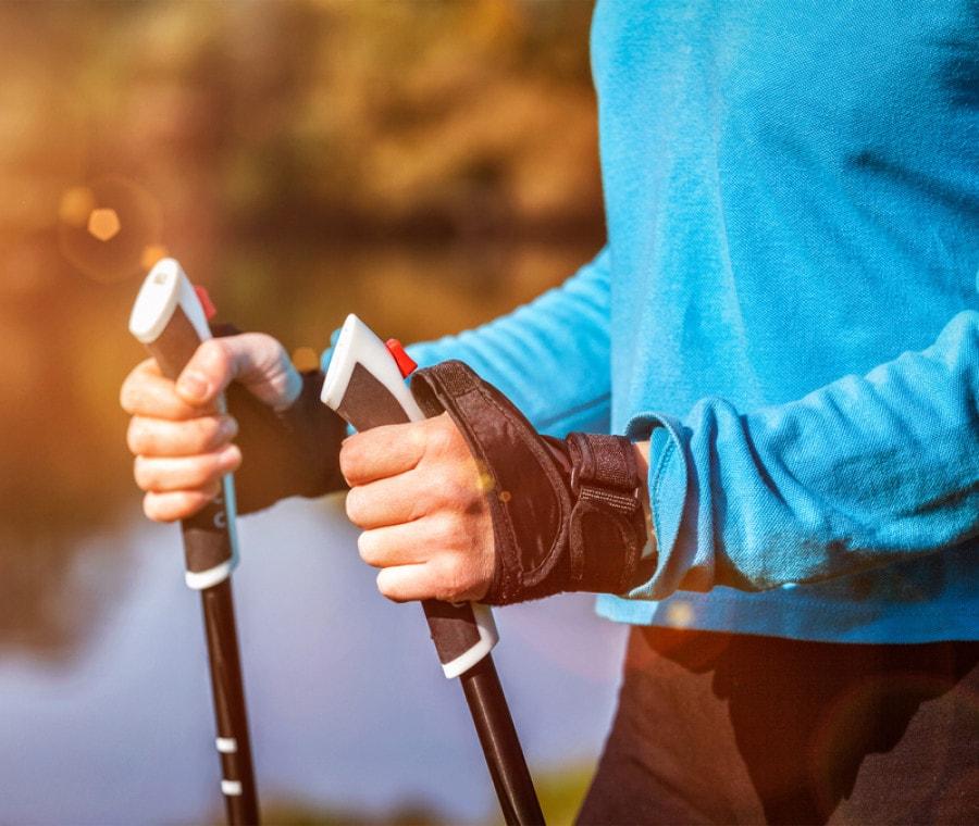 Nordic Walking: cos'è, come si pratica e quali benefici