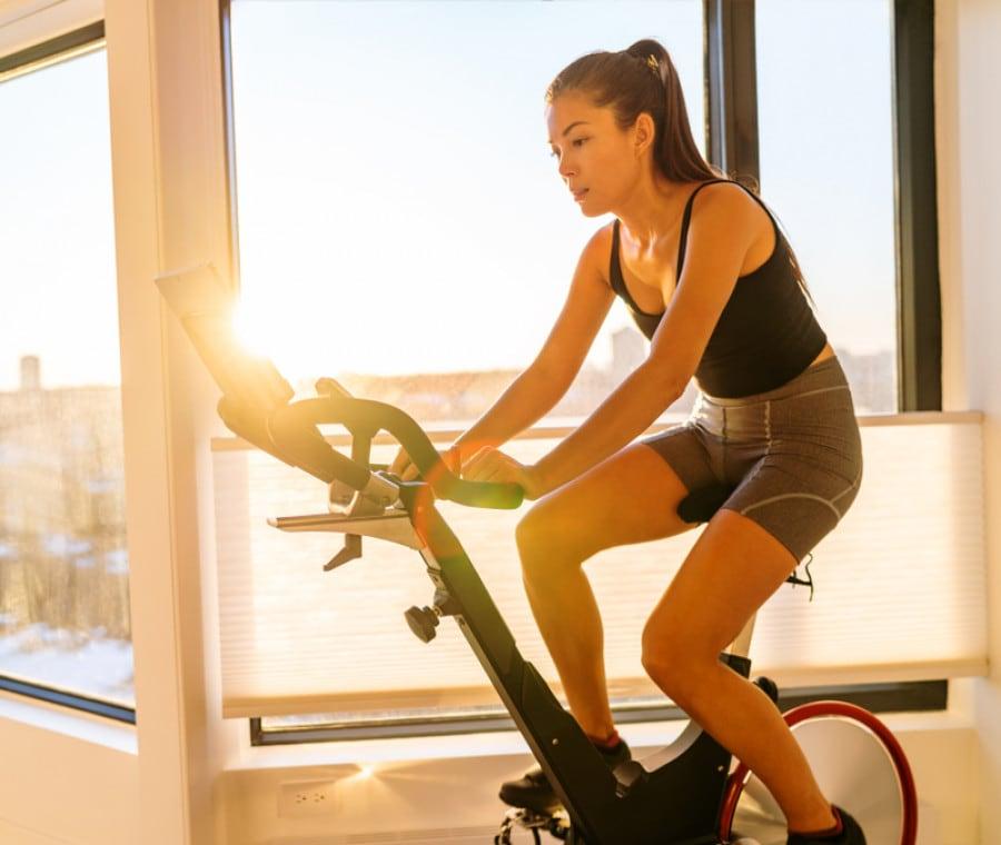 Cyclette: allenamento con Peloton o NordicTrack qual è il migliore?
