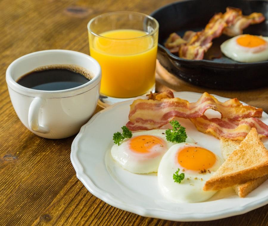 Colazione salata sana, benefici e consigli su cosa mangiare