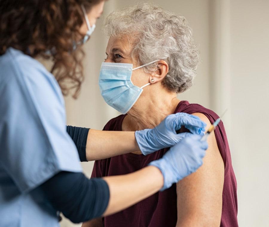 Vaccini Covid-19 a Domicilio: Vaccinazioni a Casa per Chi non Può Muoversi