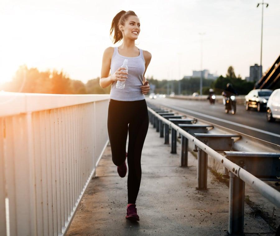 Camminare o Correre per Mantenersi in Forma: Quale è Meglio?
