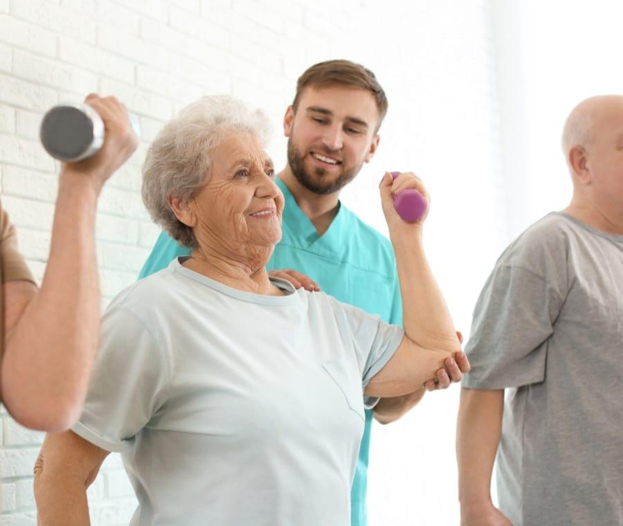 Alzheimer: Vantaggi di Attività Fisica e Dieta Corretta