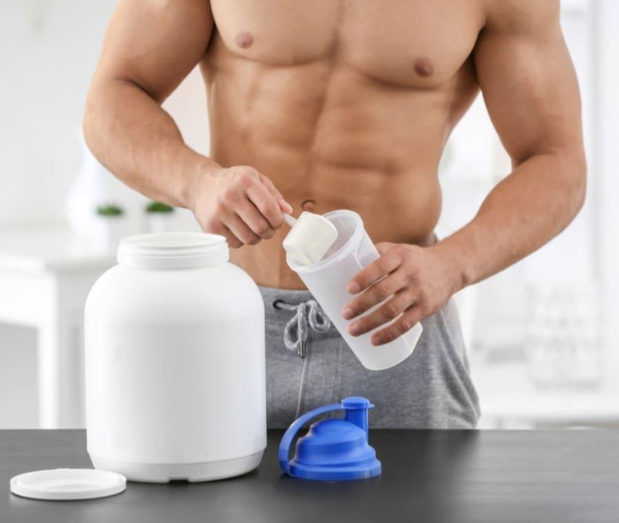 Integratori di proteine: fanno male?