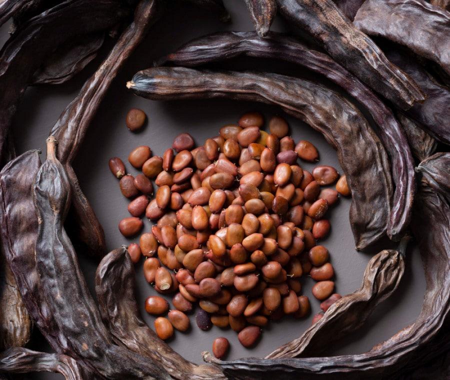 Carruba: benefici e come usarla in cucina