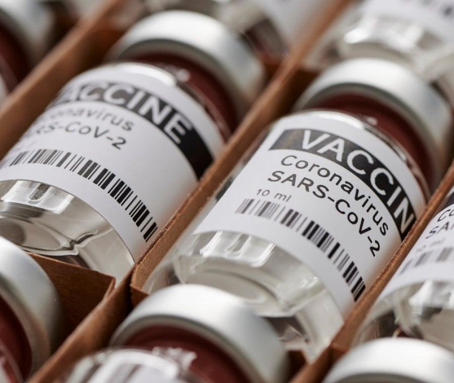 Vaccino anti Covid-19 in farmacia: Come funziona e Chi può farlo