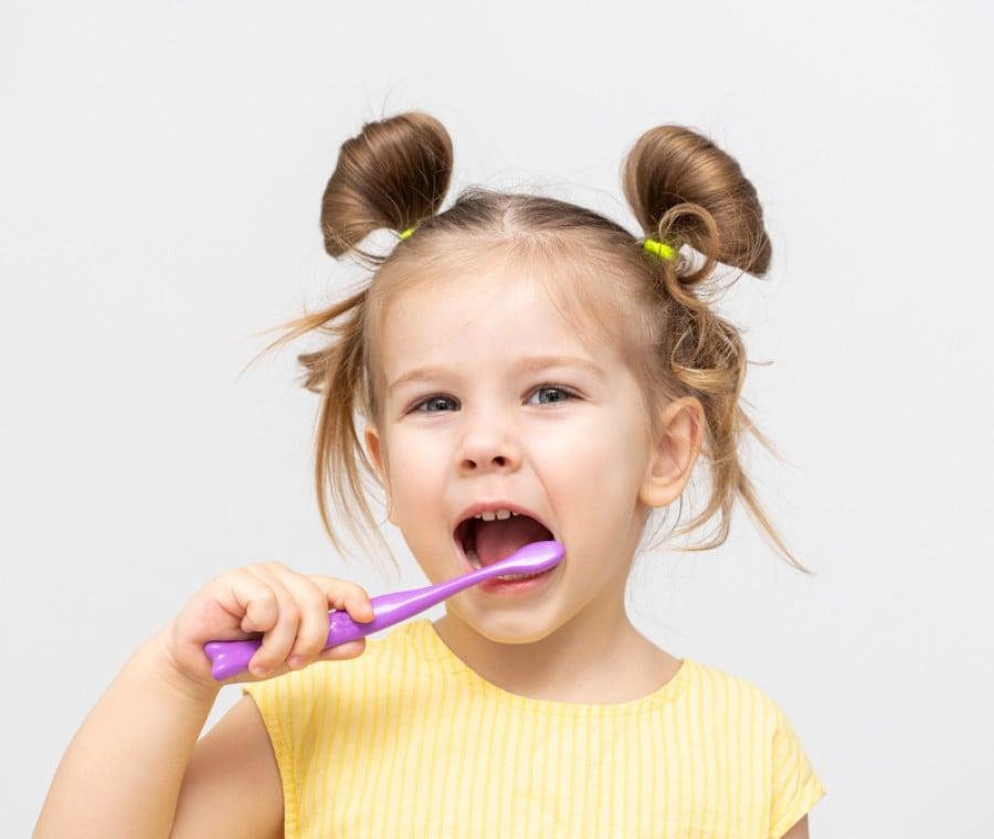Dentifricio Bambini: i 5 Migliori secondo le Recensioni Amazon