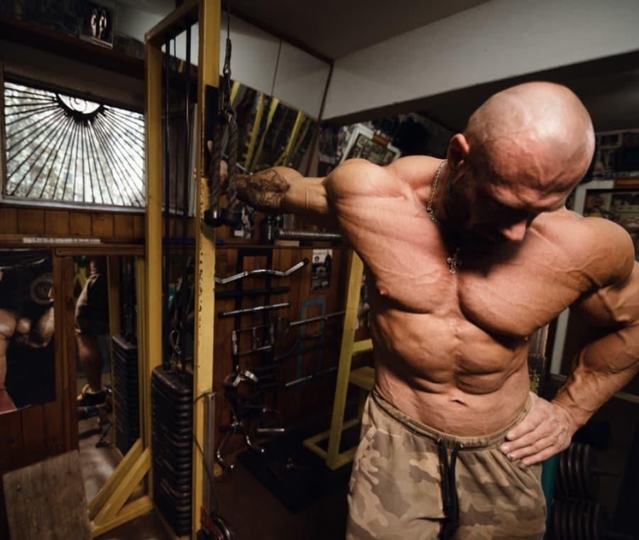 Stretching e Allenamento di Forza: Come Farlo e Perché