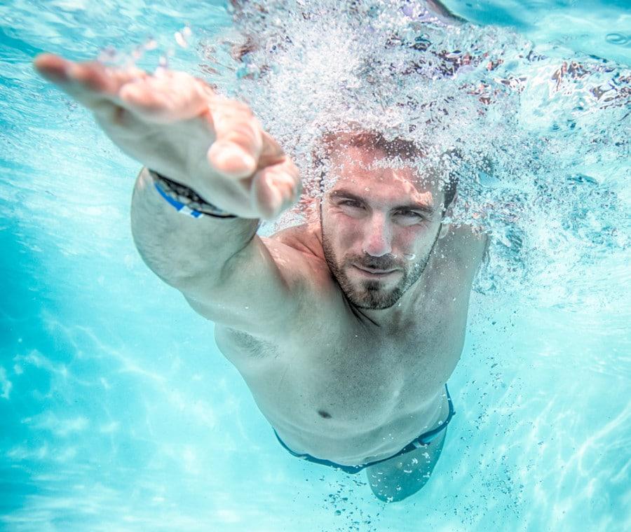 Workout Nuoto Pancia Piatta: Programma Allenamento e Benefici