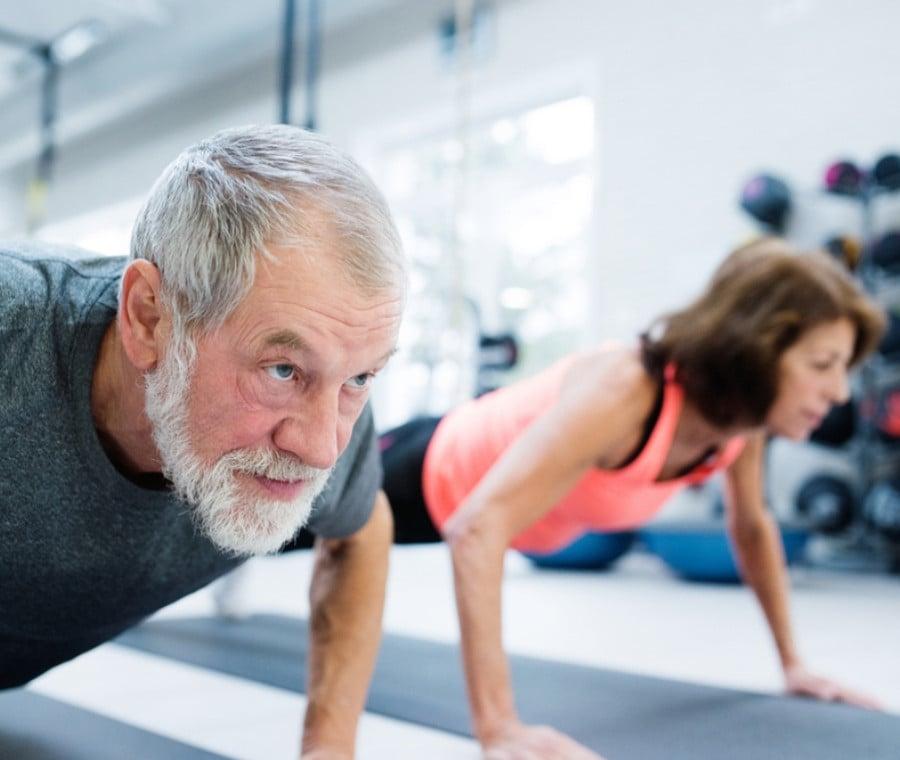 Allenamento dell'Anziano: Migliorare la Forza e il Tono Muscolare