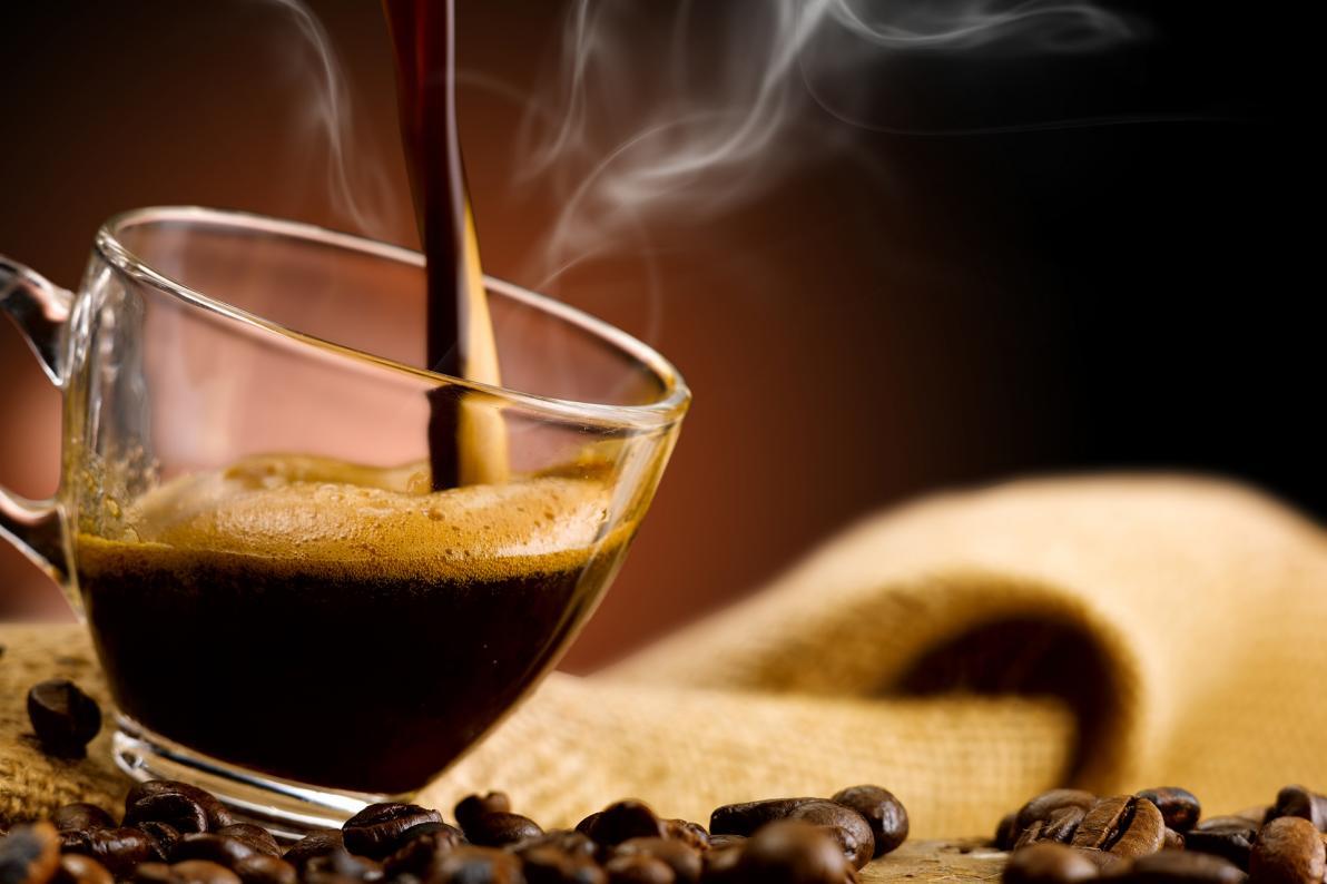 Caffè, caffeina e farmaci: interazioni pericolose