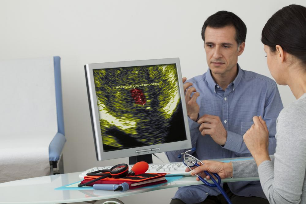 Uomo a un consulto medico per la prostata