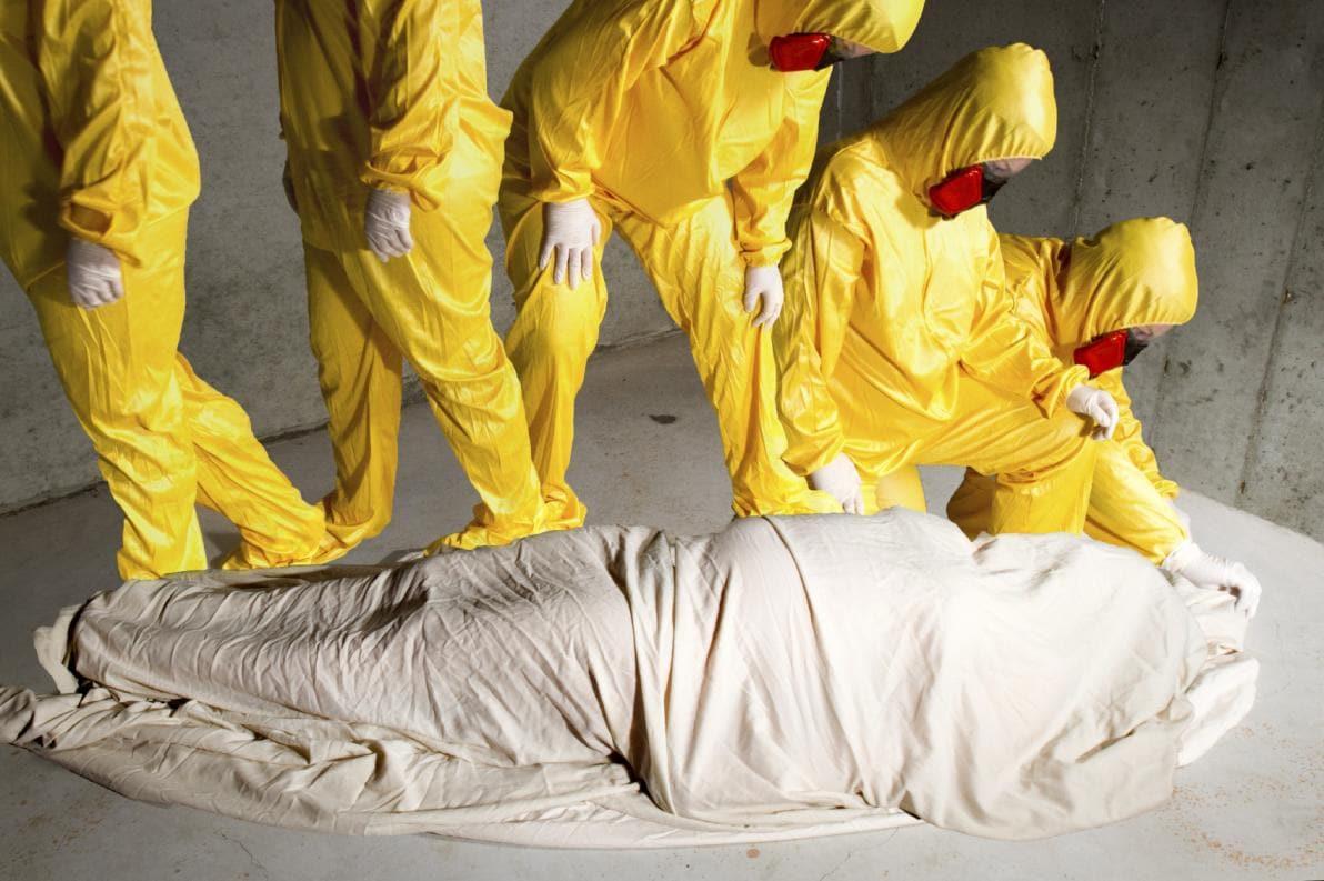 Ebola e partecipazione a riti funerari