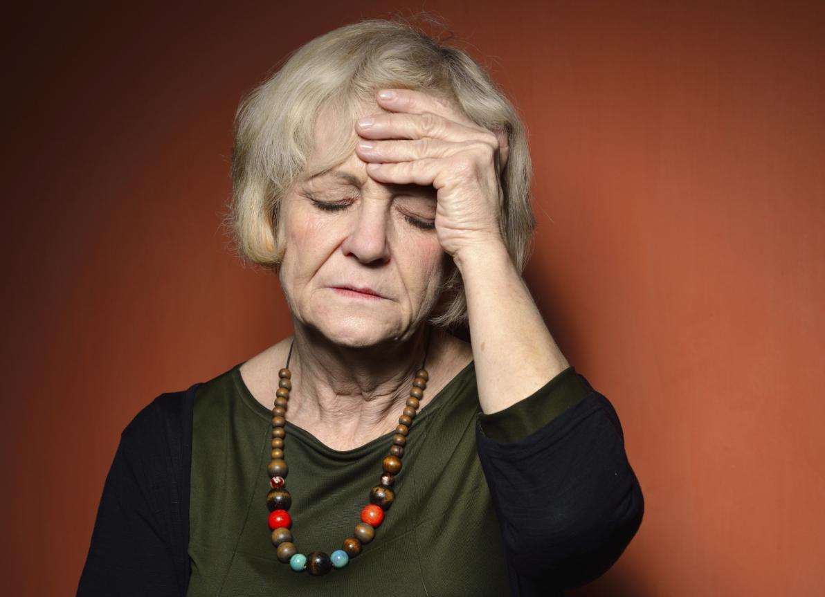 Mal di testa negli anziani
