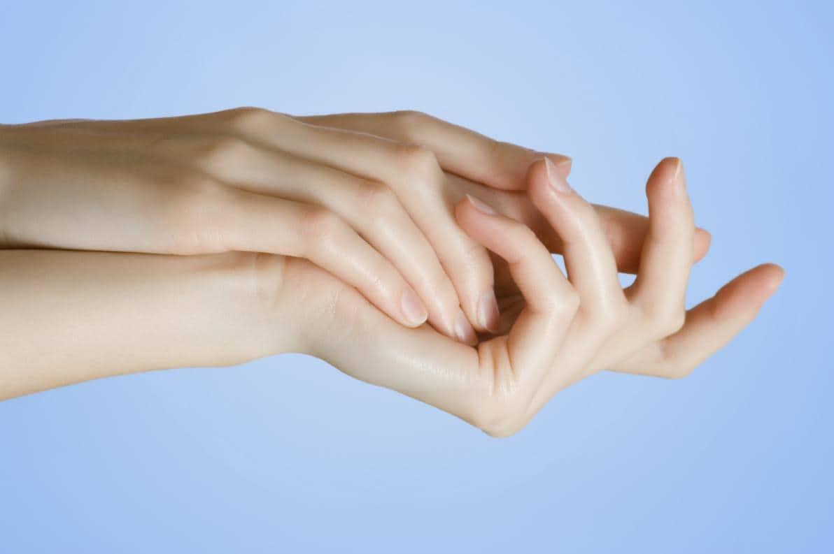 Mani: perché invecchiano?