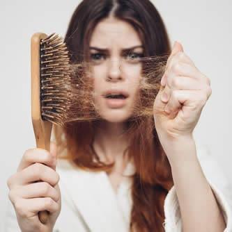Quanti capelli cadono al giorno