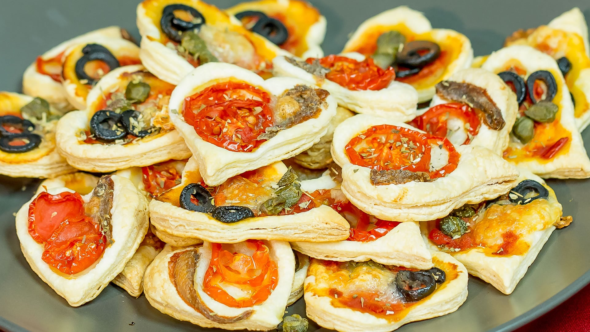 Foto Pizzette di Sfoglia Facilissime