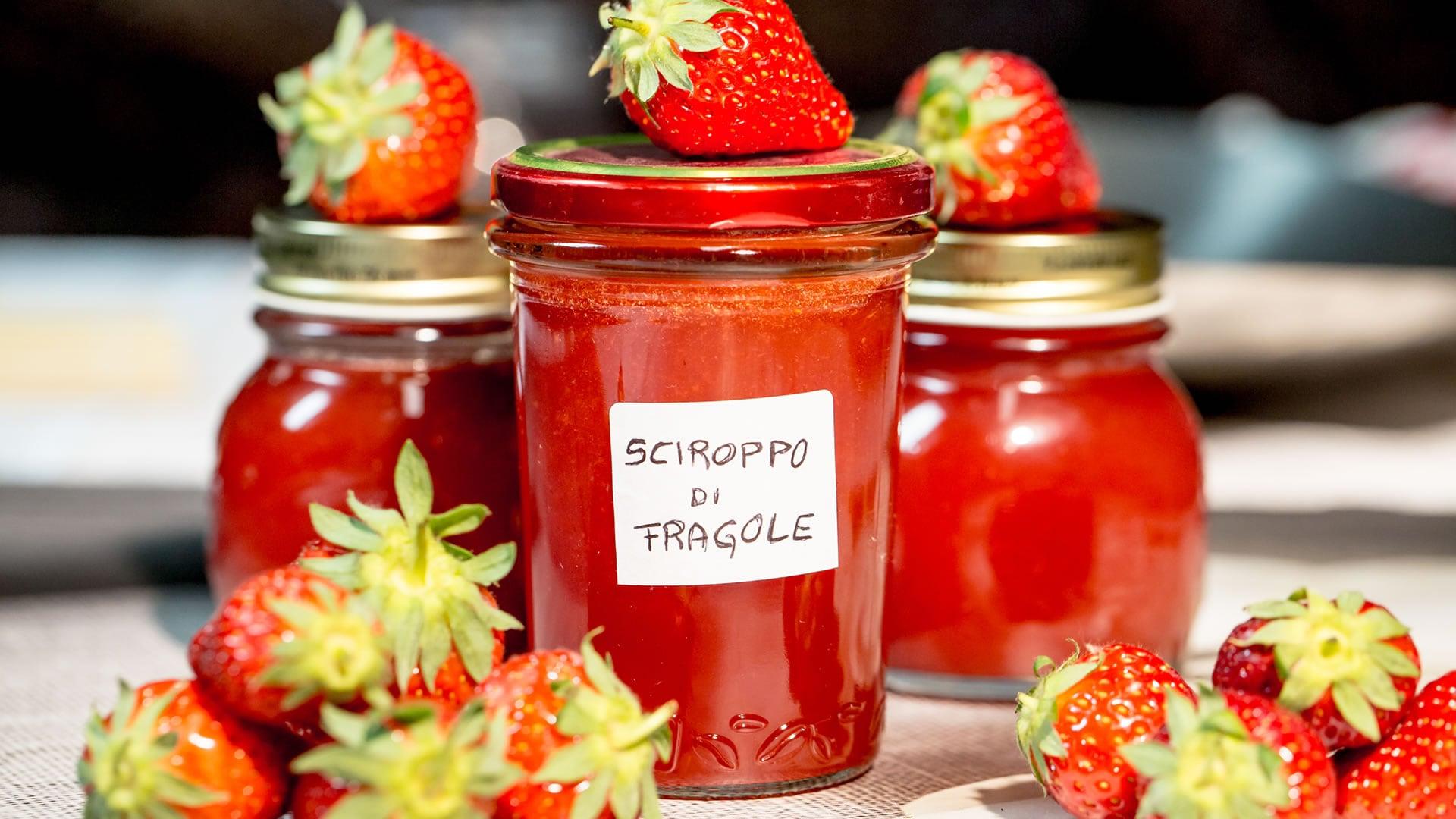Foto Sciroppo di Fragole - Salsa di Fragole Fatta in Casa
