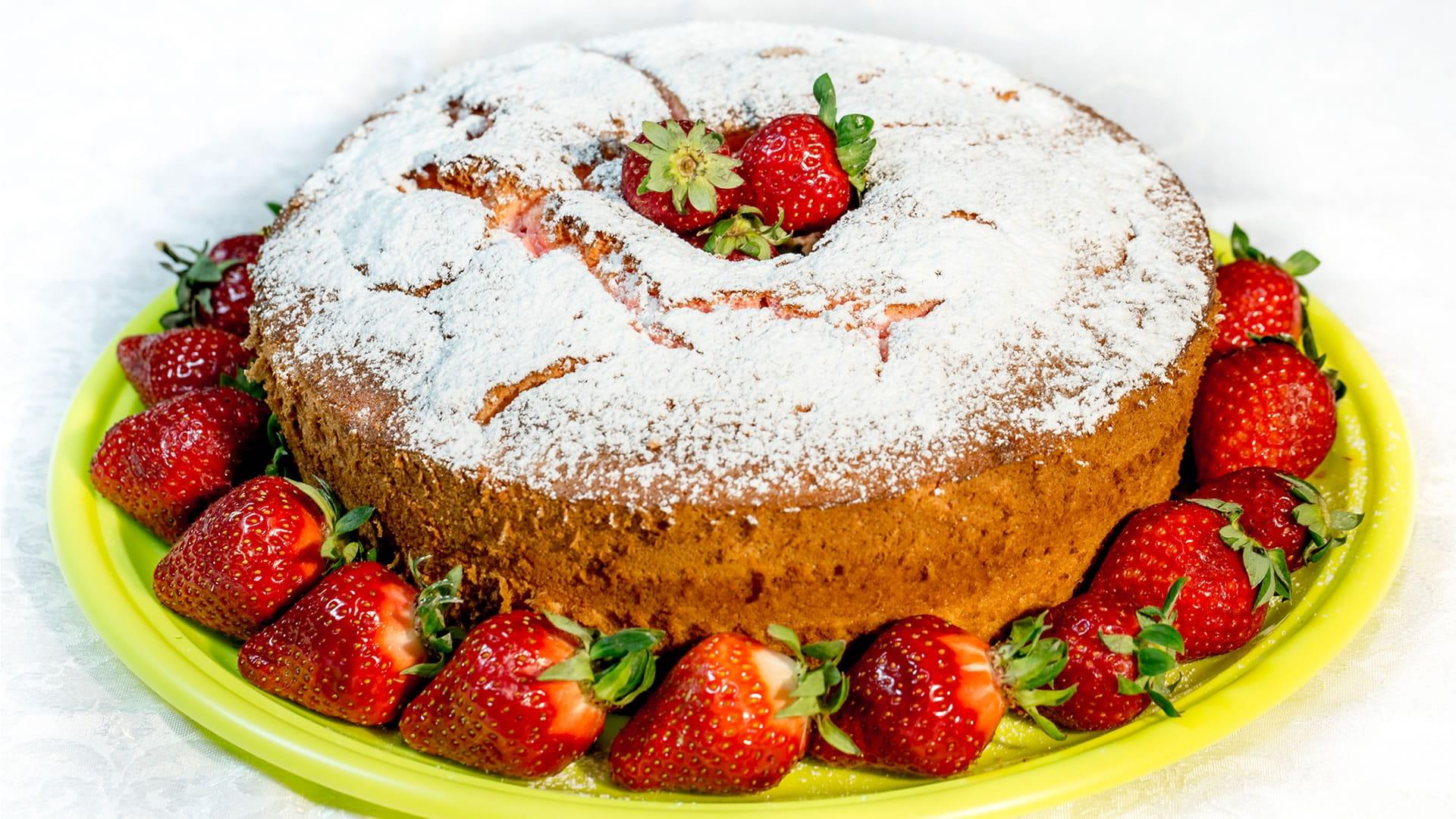 Foto Angel Cake alle Fragole