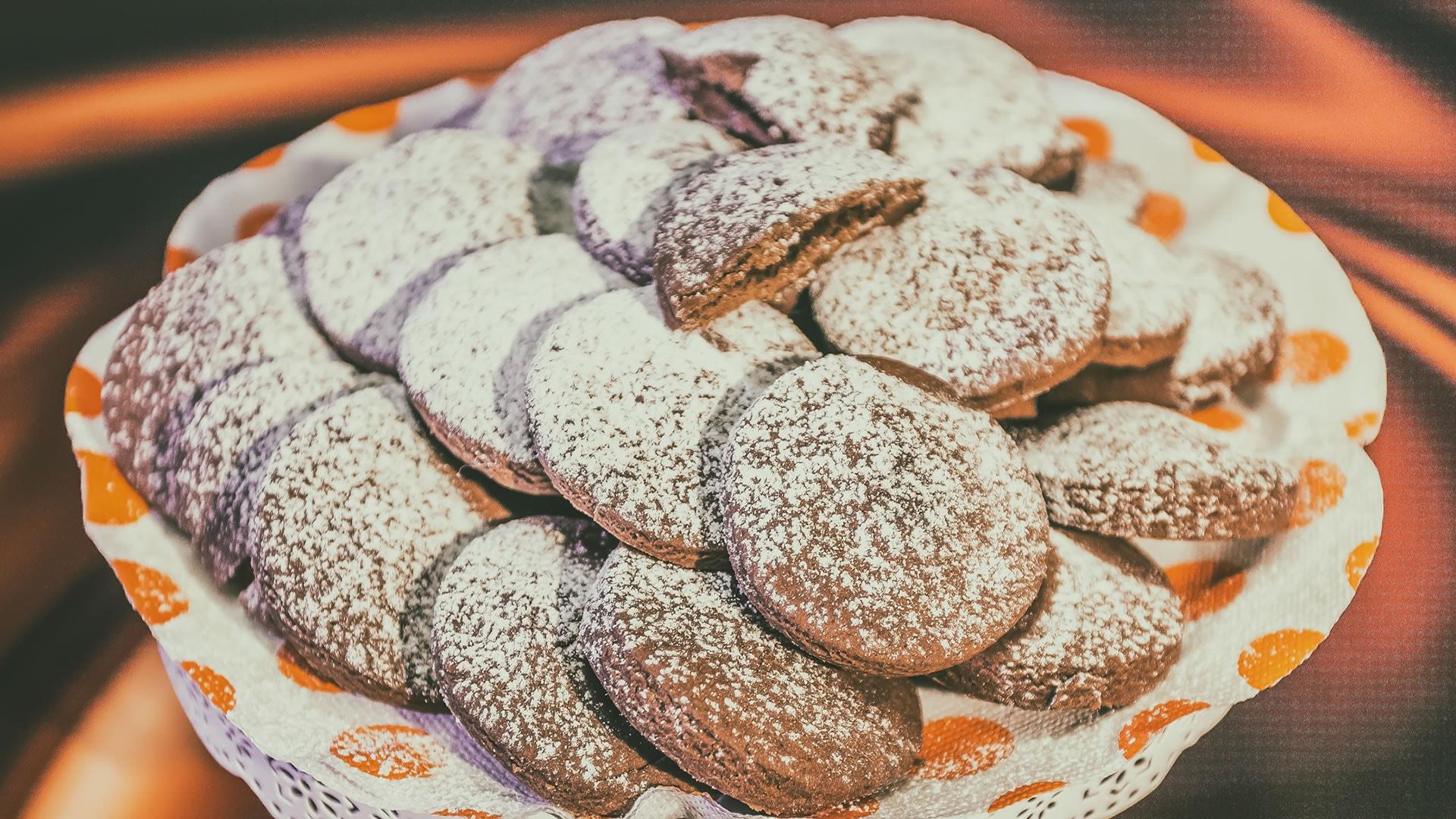 Foto Biscotti al Cacao Cotti nel Microonde - Pronti in 8 Minuti