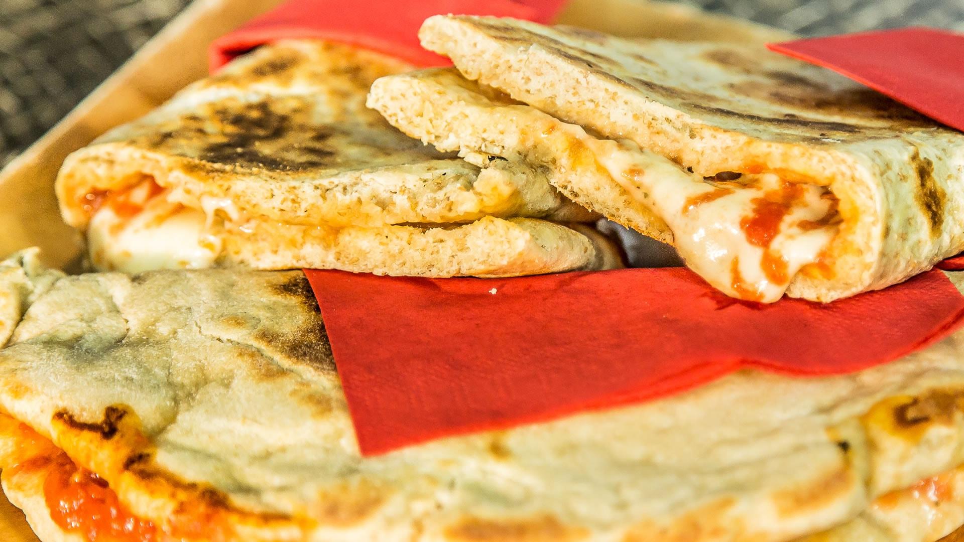 Foto Piadizza A Modo Mio - Pizza Farcita in Padella