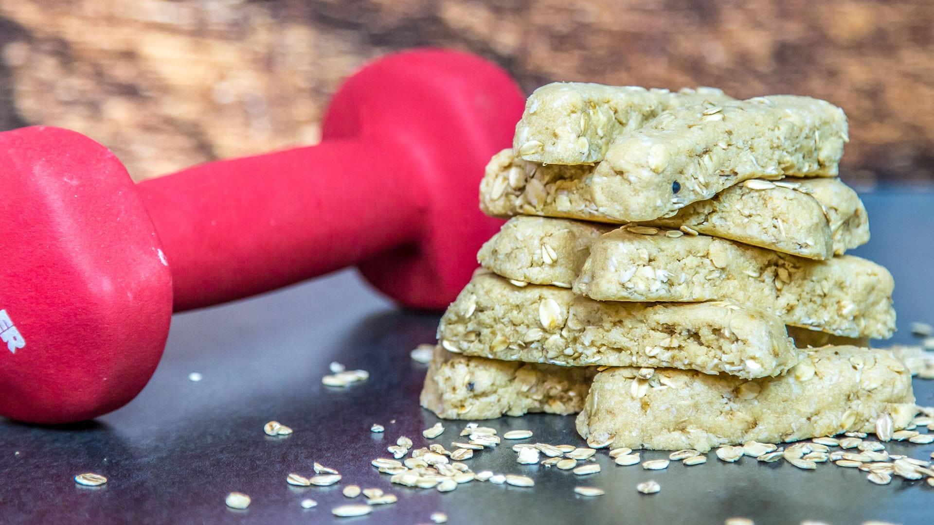 barrette proteiche con burro d'arachidi e miele - cottura nel microonde
