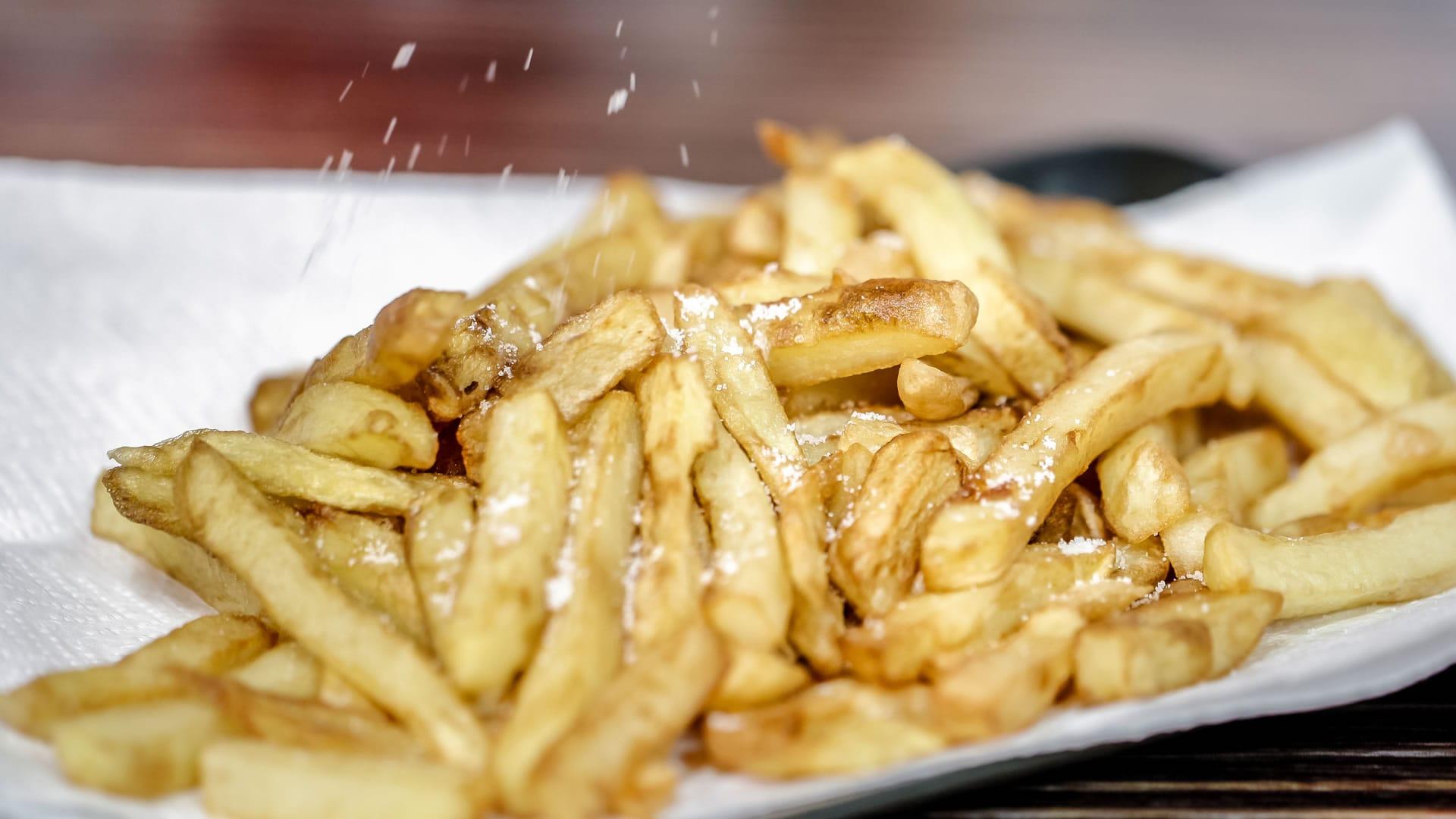 Patate fritte non fritte al microonde