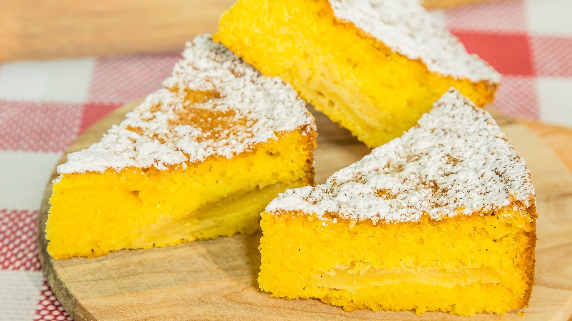 Foto Torta di Mais con Mele - Senza Glutine