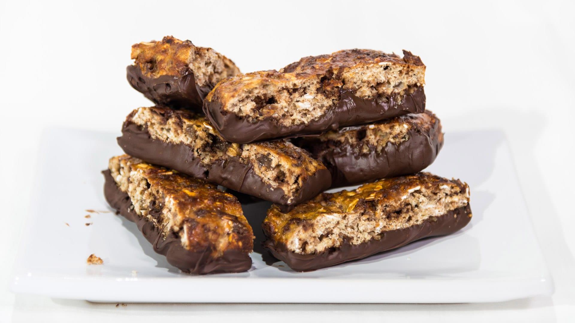 Foto Barrette con banane e cioccolato fondente