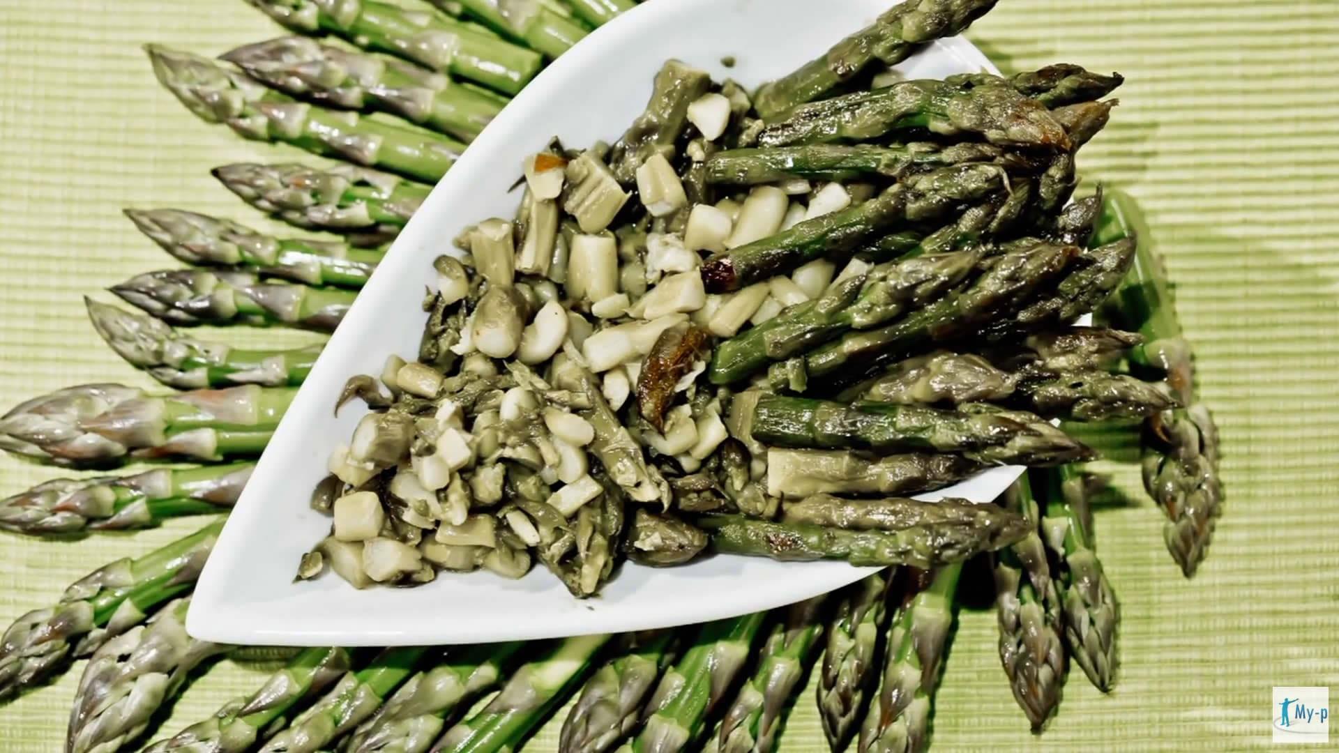 Foto Sugo di asparagi – pulire e cuocere gli asparagi