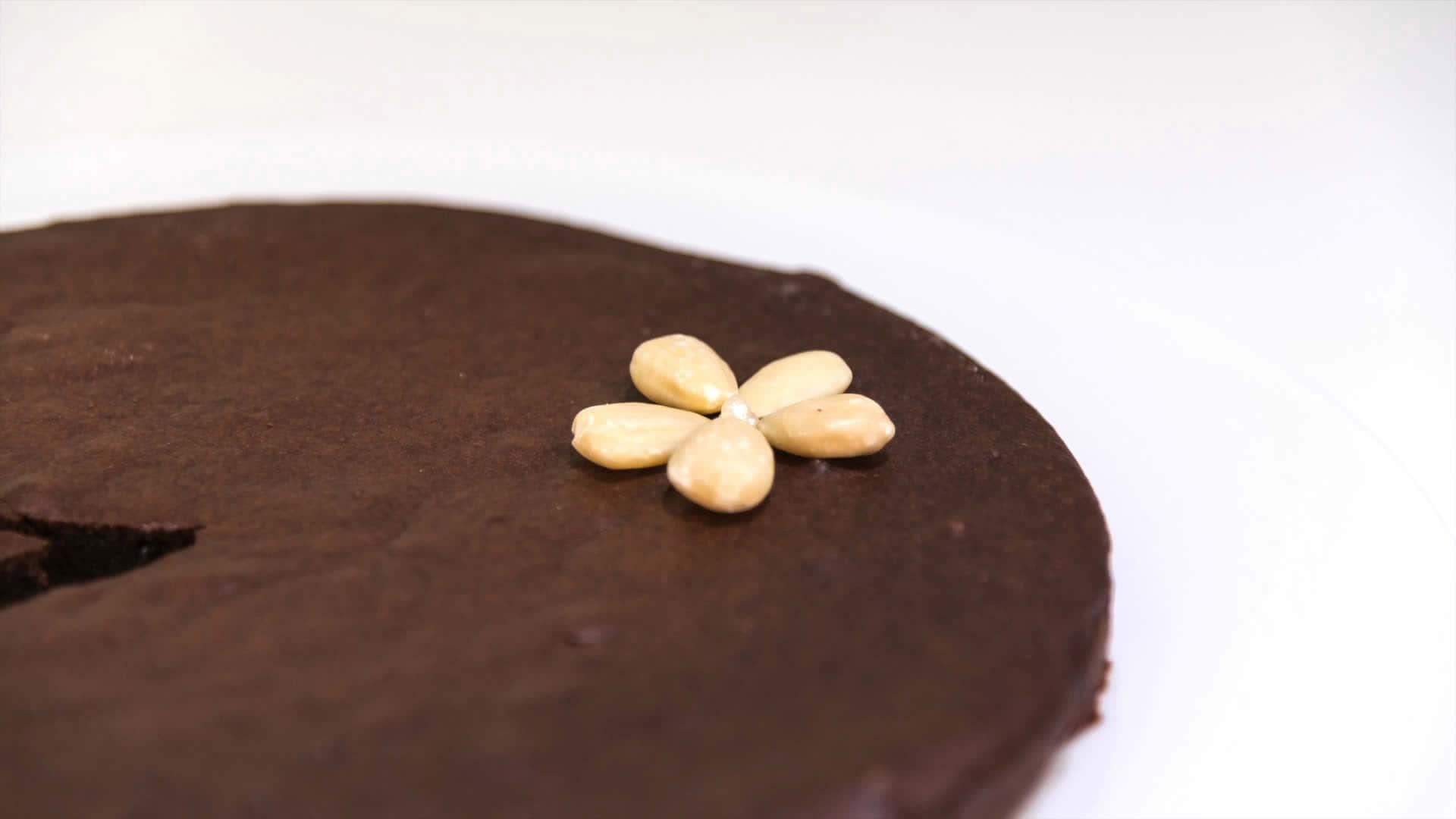 Foto Torta vegana al cacao e mandorle - torta senza colesterolo